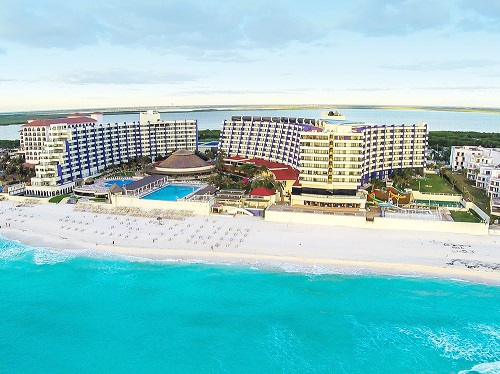 All Inclusive Resorts in Cancun for families - Crown Paradise Club Cancun