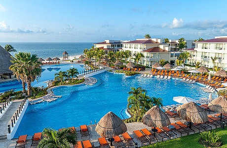 Find the Top 12 Kid-Friendly All Inclusive Resorts in Cancun - Moon Palace Cancun