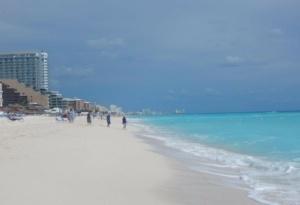 Playa Ballenas-mejores playas publicos en cancun