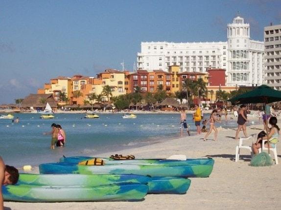 Playa Linda-mejores playas en zona hotelera de cancun