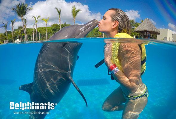 Actividades para hacer en Cancún 2018 nado con delfines en Dolphinaris Cancún