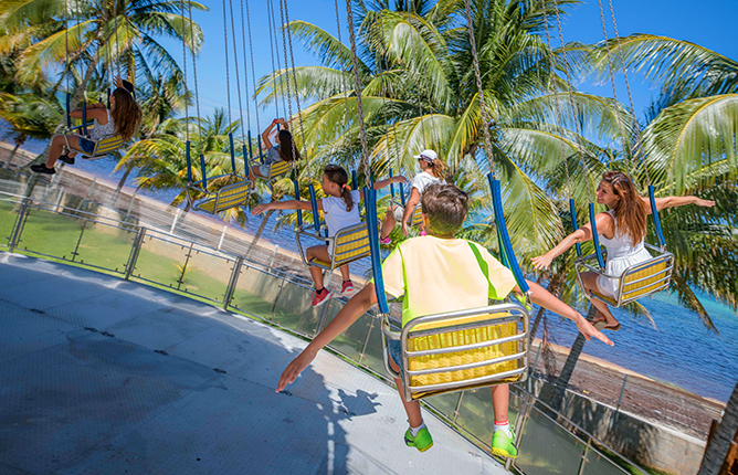 Crazy Chairs, Funworld at Ventura Park